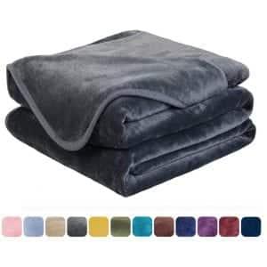 Easeland Soft Thermal Fleece Lightweight Blanket