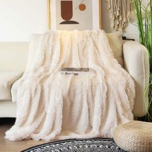 Tuddrom Comfy Extra Soft Decorative Microfiber Blanket