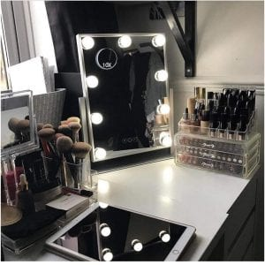 Hansong Vanity Makeup Mirror with Nine Dimmable Bulbs